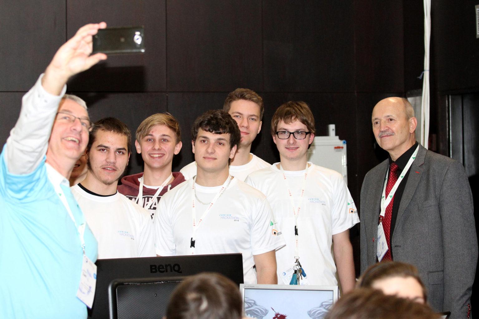 Junior Hackathon Brno 2016